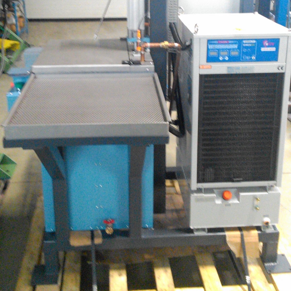Cooling-washing system for timken parts